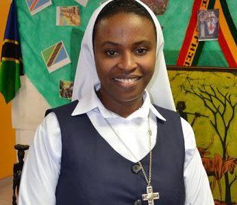 Profesión Perpetua de la Hermana Marie Claire Ihorere