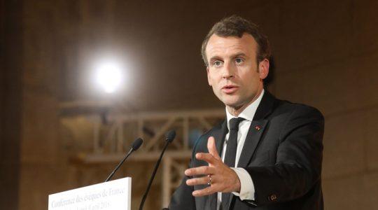 Les trois « dons » que Macron attend des catholiques de France
